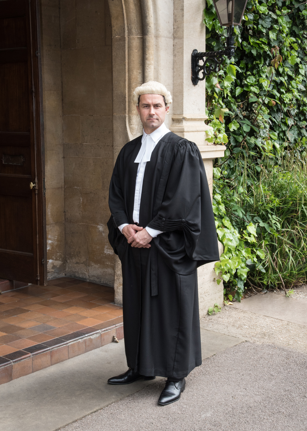 Barristers Gown, Wig and Band Set - Graduation Gowns in Europe with ...